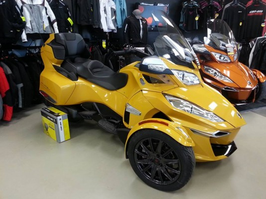 Can-am Roadster Spyder rt-s jaune 2014