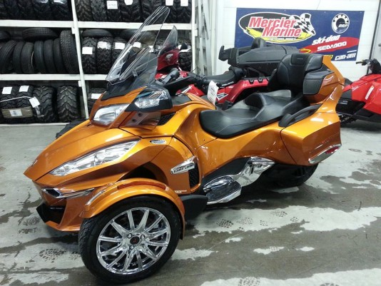 Can-am roadster Spyder rt limited 2014  U0990